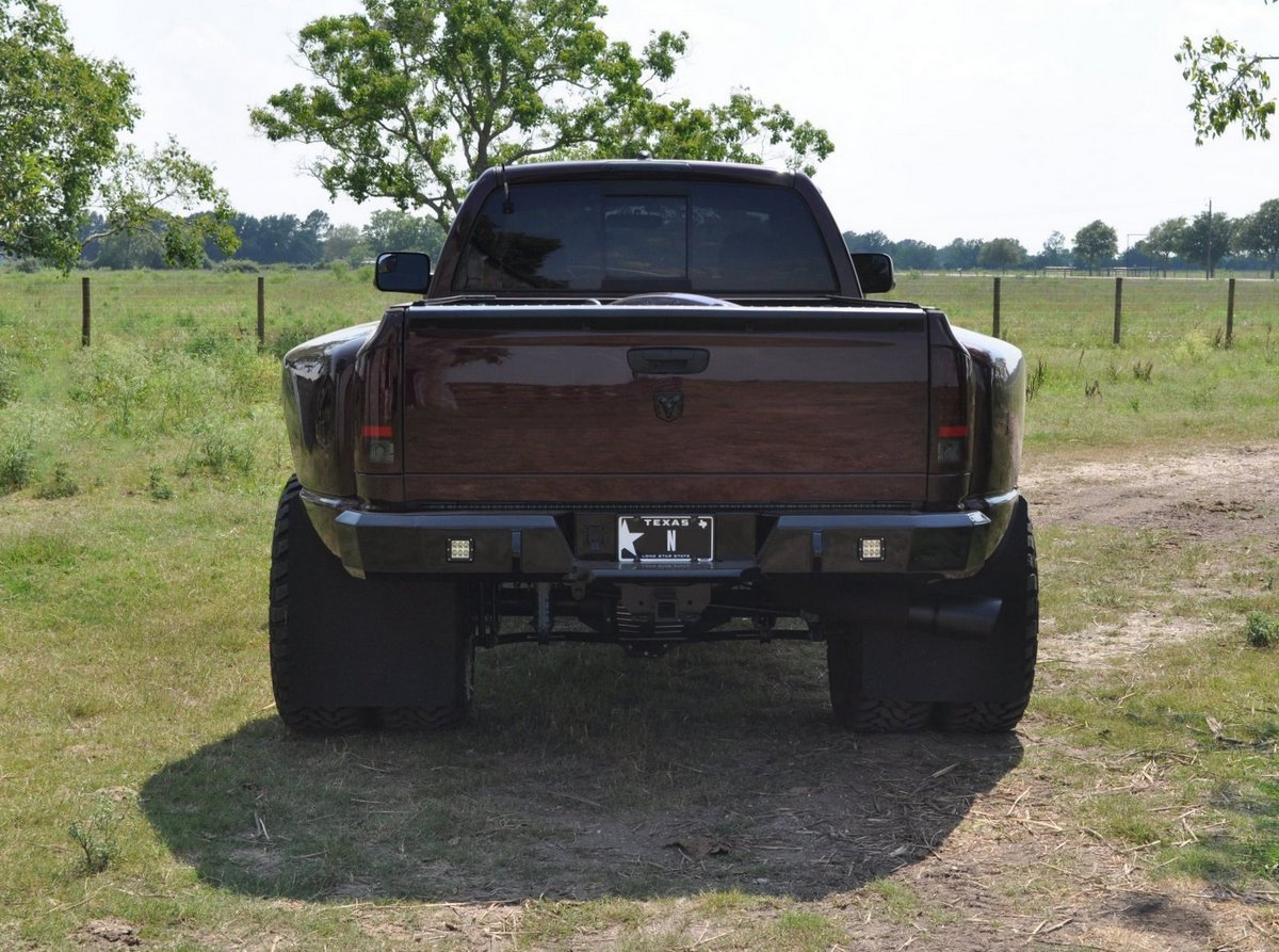 37x13 5x17 Mud Grapplers On 5in Lifted Dually Page 3