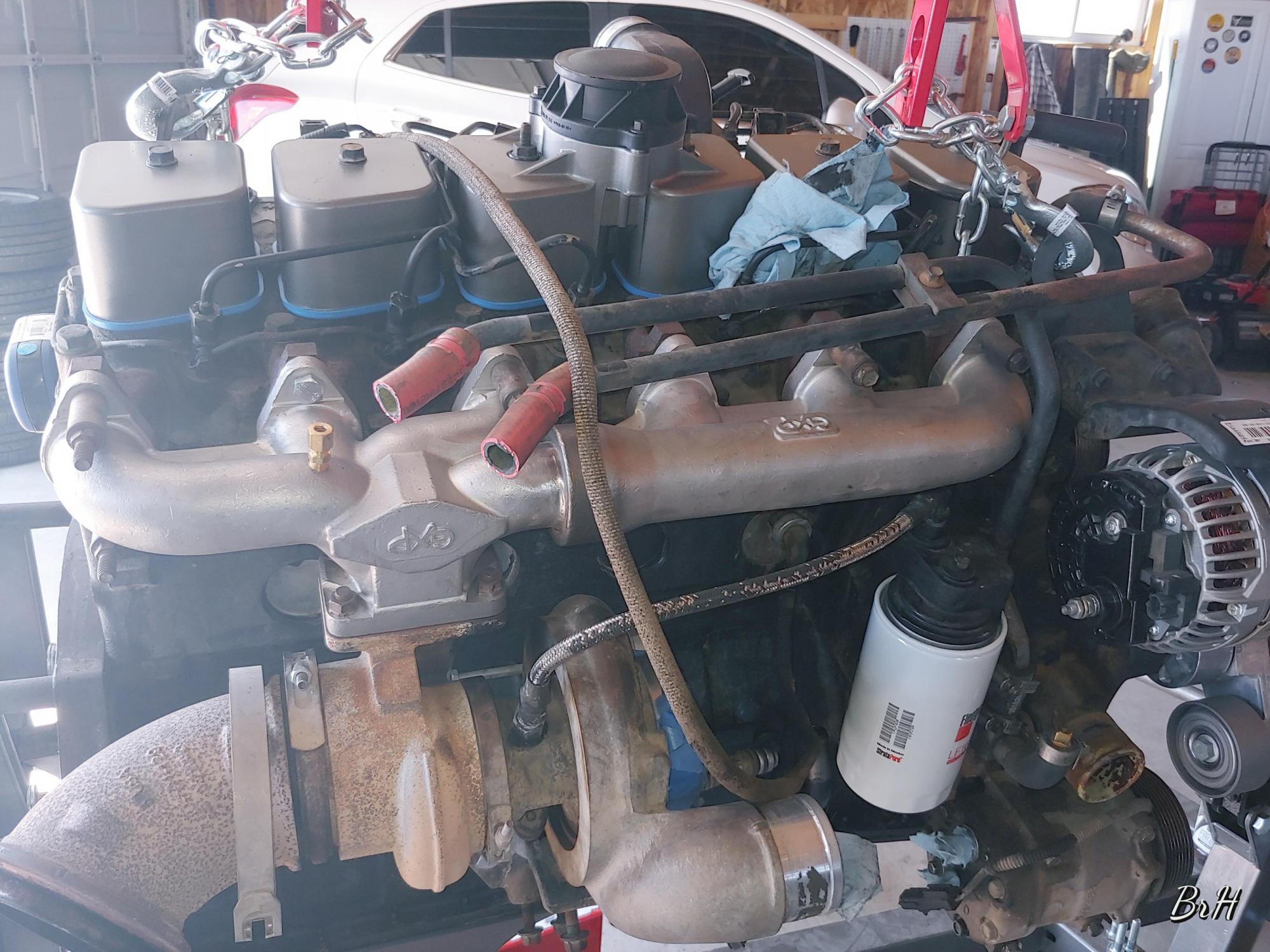 12 valve swap in progress-1002191216_hdr_1570506462463.jpg
