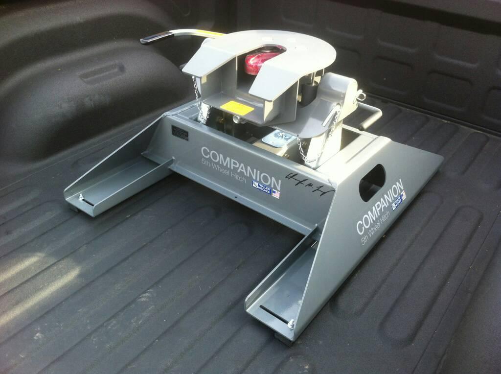 Gooseneck Vs 5th Wheel >> 5th wheel hitches, rails vs no rails? - Dodge Cummins Diesel Forum