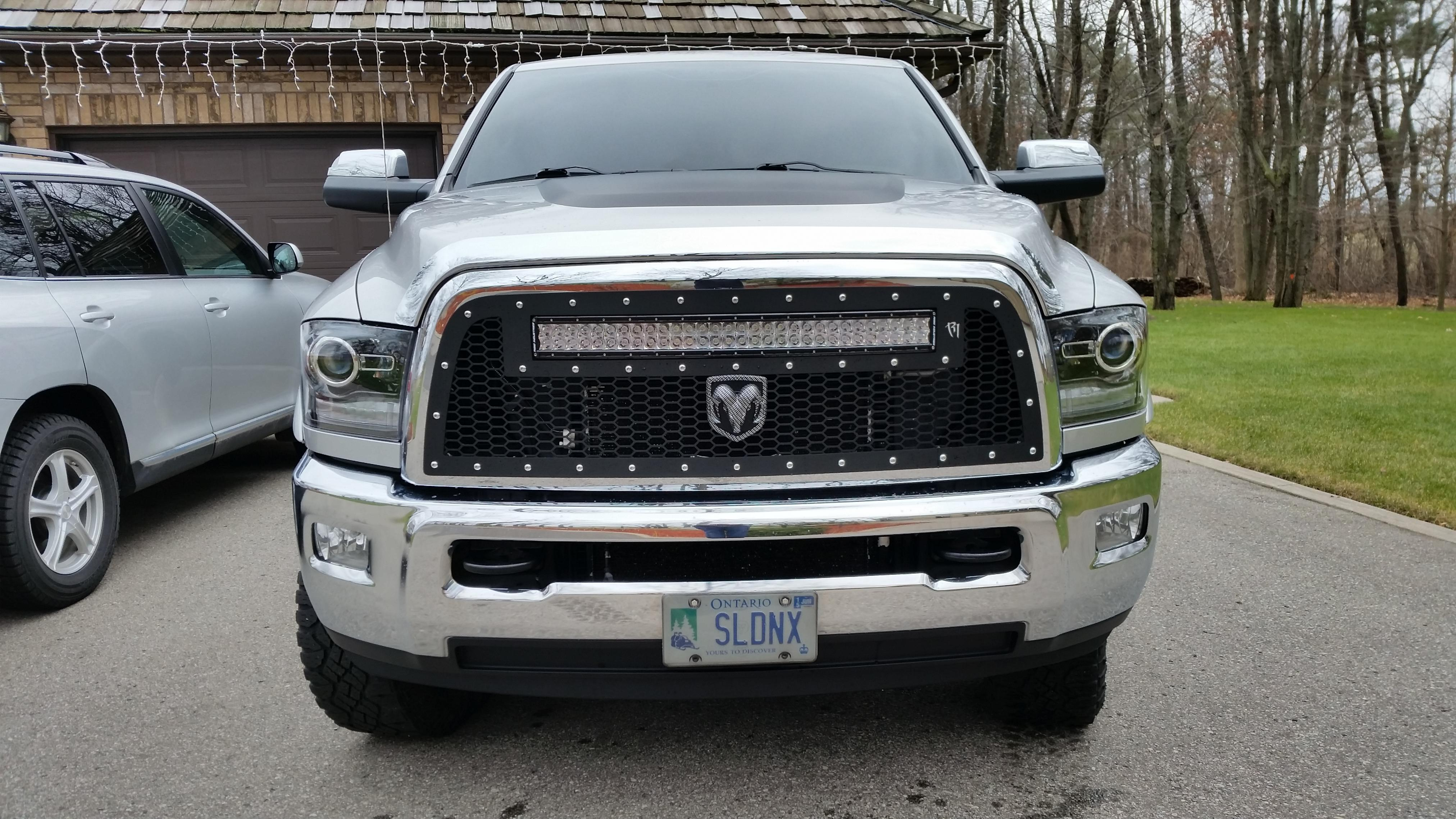 2004 dodge ram 1500 grill pictures