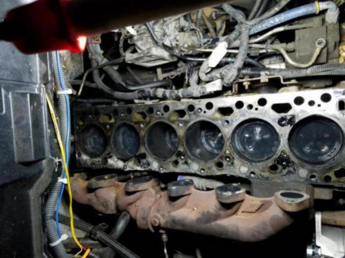 2005 dodge 2500 diesel blow by