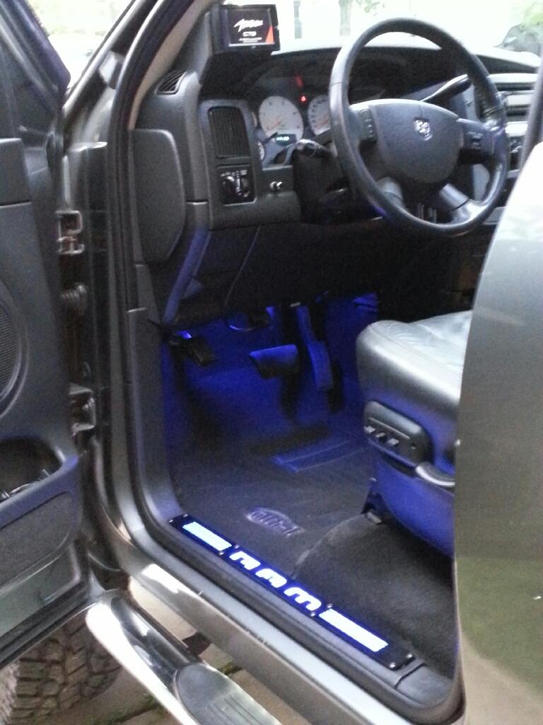 D Recon Big Rig Ice Door Sill on Blue Dodge Ram 2500