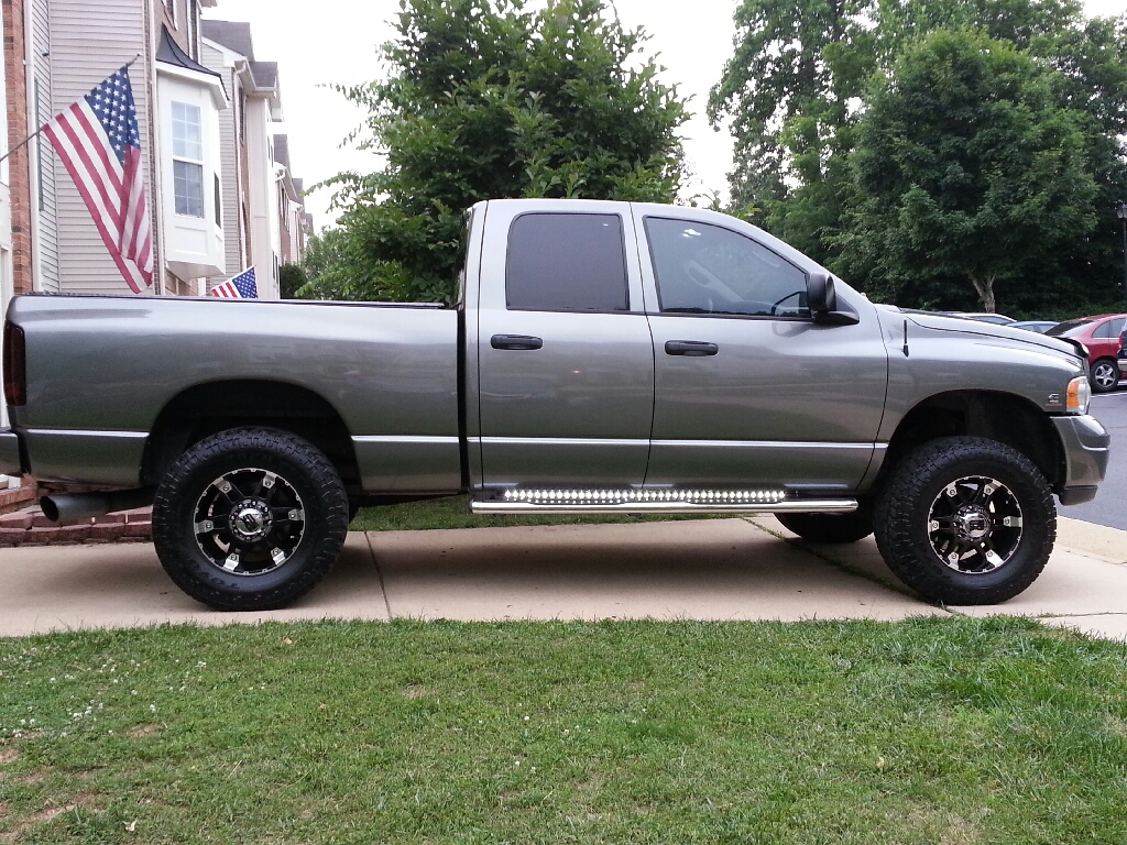 D Toyo Open Country Atii Extreme Full Side White on 01 Dodge 3500 Dually
