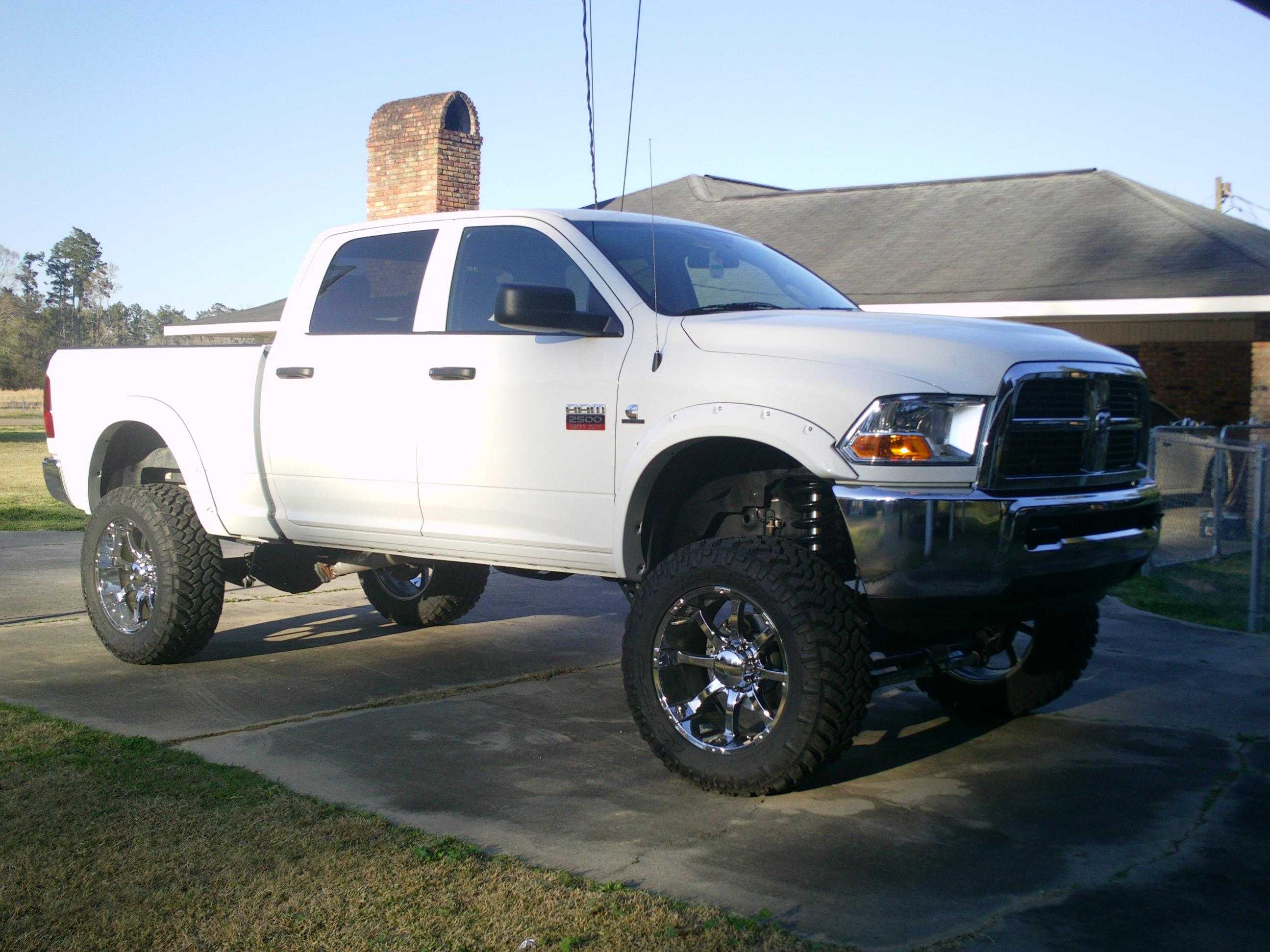 cummins on pinterest dodge rams lifted dodge and dodge ram lifted - White Dodge Ram Cummins Lifted