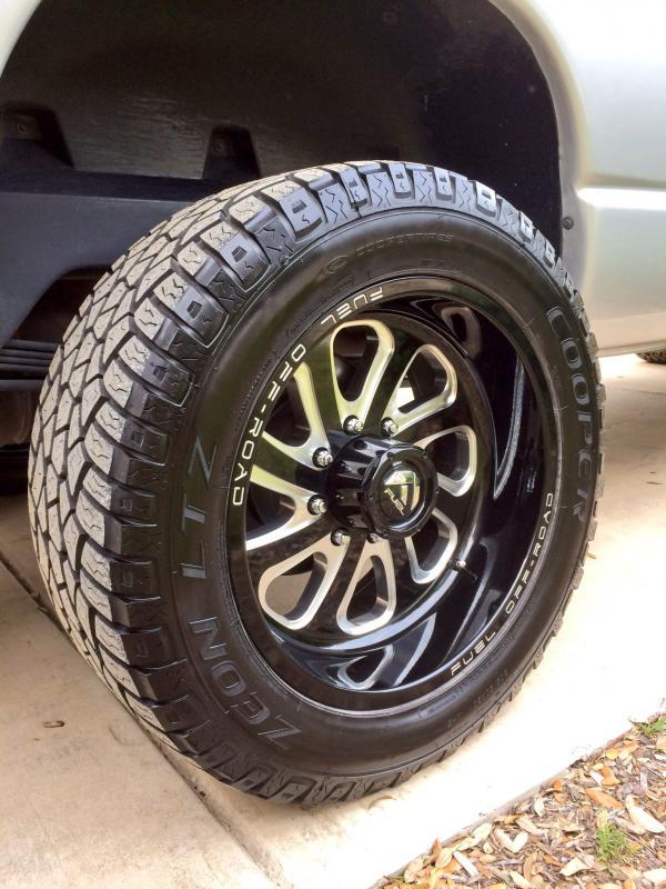 San Antonio Jeep >> 20x10 Fuel Swoosh Wheels on 06 Mega Cab - Dodge Cummins