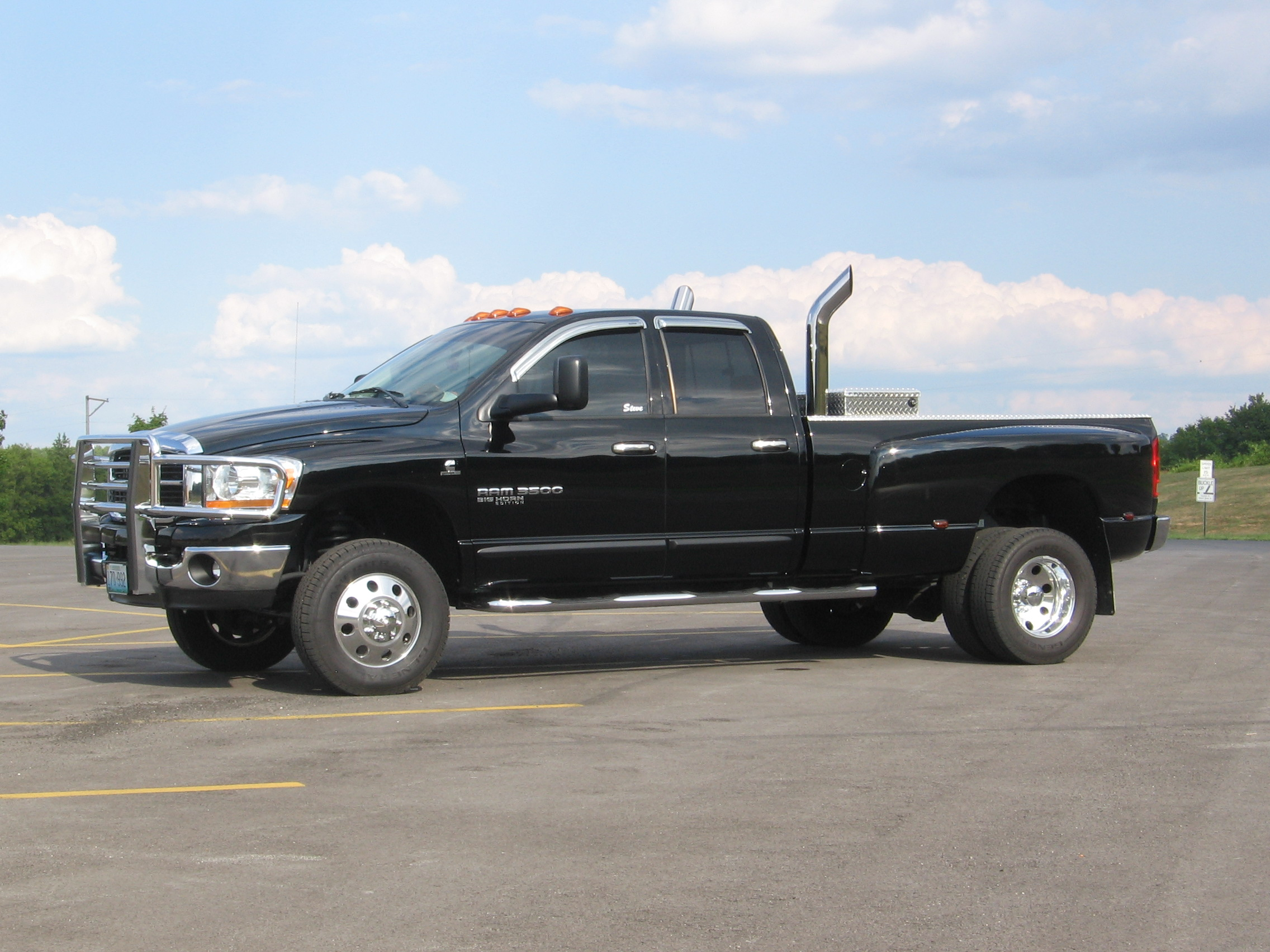 dodge 3500 dually with stacks dodge ram 2500 lifted with pictures to - Dodge Ram 3500 Dually Lifted With Stacks
