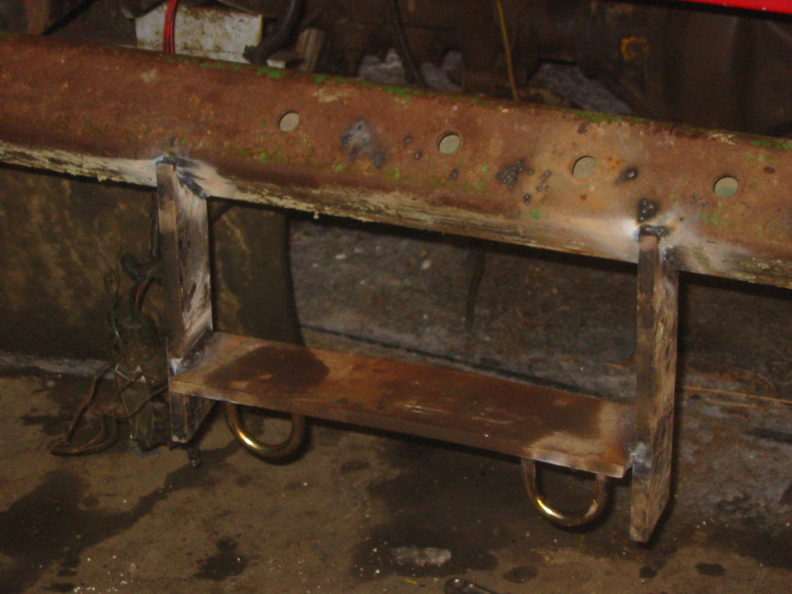 Rear bumper building-img_1791.jpg