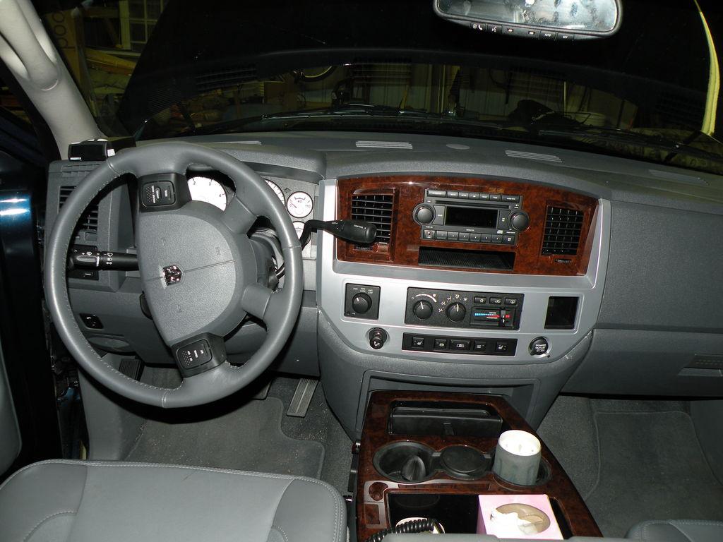 D Cb Install Center Console Radiodone on 2000 Dodge Ram 3500