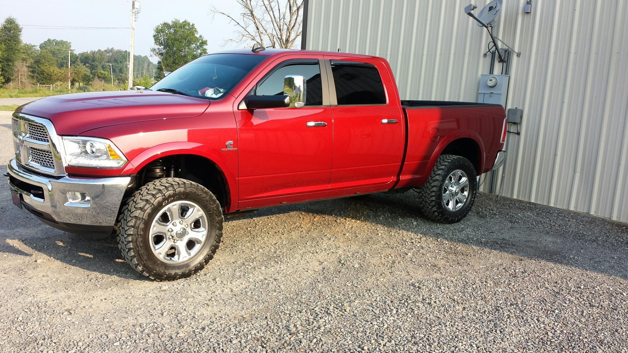 click image for larger version name tuck ampjpg views 40870 - Dodge Ram 2500 2014 Red